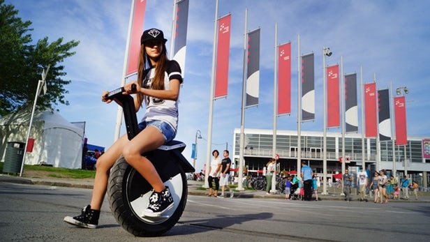 Is One Wheel Better than Two? The Latest One Wheel Electric Scooters Say Yes!