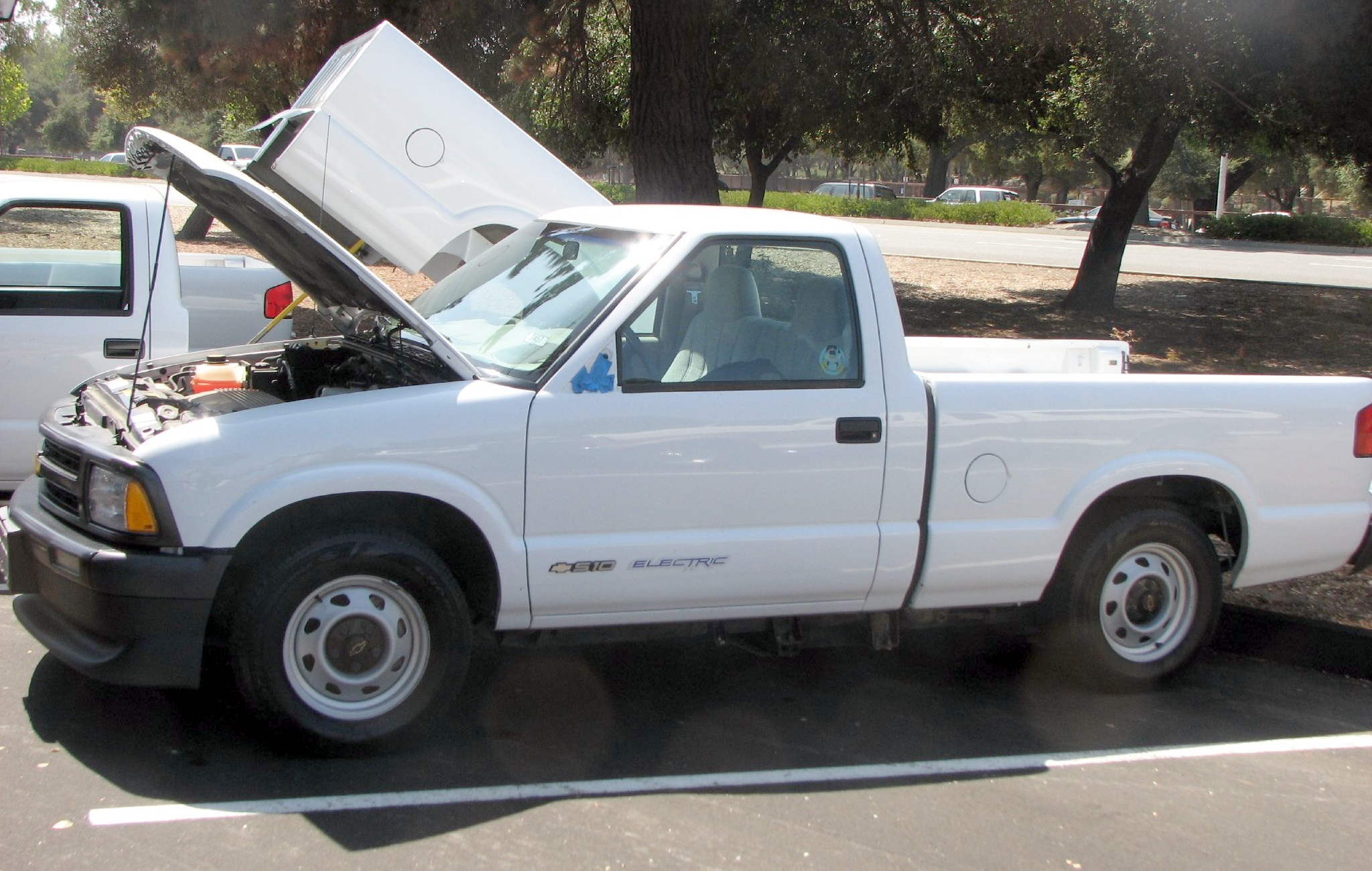 electric pickup truck - Chevy S-10 EV